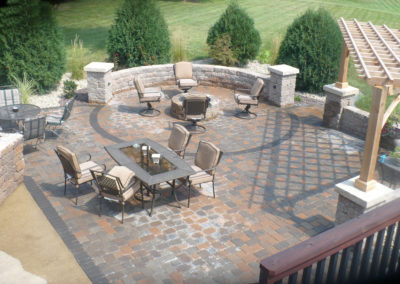 AJD Landscaping - Retaining Wall patio Overview